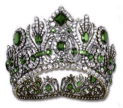 French Empress Marie Louise's Emerald diadem.. boy is this a beauty..
