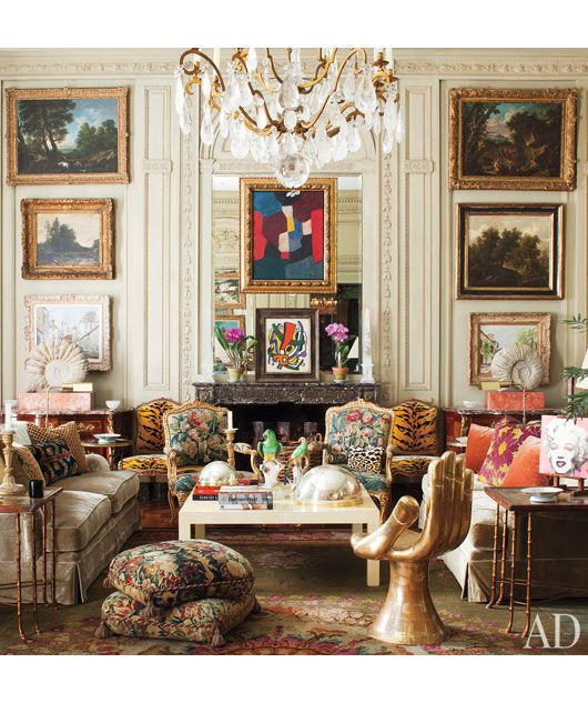 At home with Jorge Elias in São Paulo... the bohemian mix of art and pattern, and the multi-layered feel is amazing!