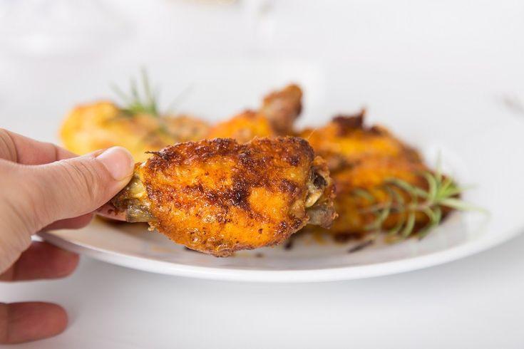 Squisite,succose e croccanti alette al forno - ricetta economica e molto gustosa. Fotografata passo dopo passo con tante spiegazioni.