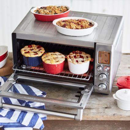 Countertop Pizza Oven Sur La Table : breville smart oven pro breville smart oven pro sur la table smart ...