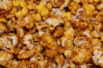 Sweet Chili Popcorn SeasoningPopcorn Seasons, Chilis Popcorn, Sweets Chilis, Spicy Popcorn, Popcorn Recipe, Coconut Oil, Diy Seasons, Sweets Tooth, Seasons Recipe