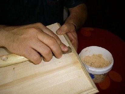 Masilla para madera casera