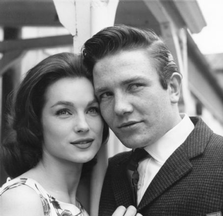 Shirley Anne Field and Albert Finney in 'Saturday Night and Sunday Morning', 1960