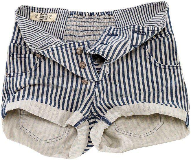 Pantaloncini donna Pull and Bear - Collezione estate 2010