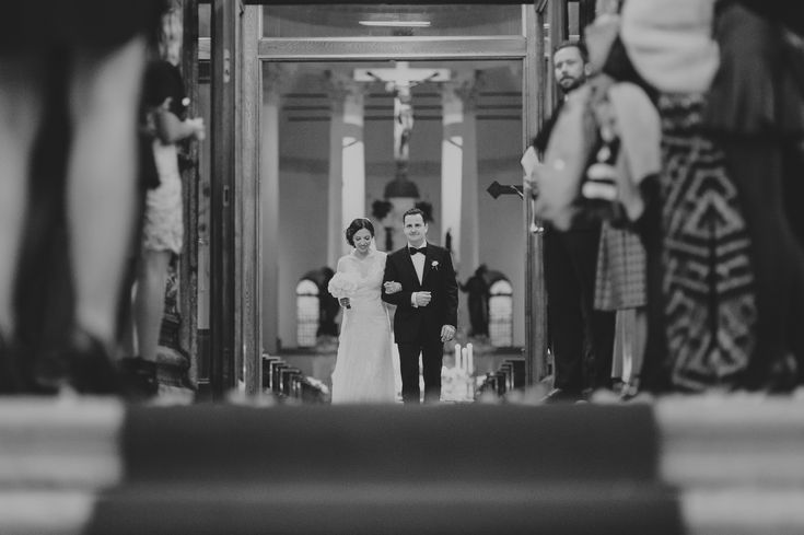 This image comes from my 2nd destination wedding in @Italy I had the chance to capture. The calm and happiness of the couple when exit the church is kind of definition for the story. The story is here: https://raresion.com/italy-destination-wedding-photographer-ilana-laurent/ 🖤📷🖤 #venezia #italy #venice #destinationwedding #photography #church #bride #groom