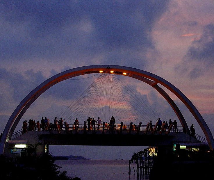 Rain bow bridge