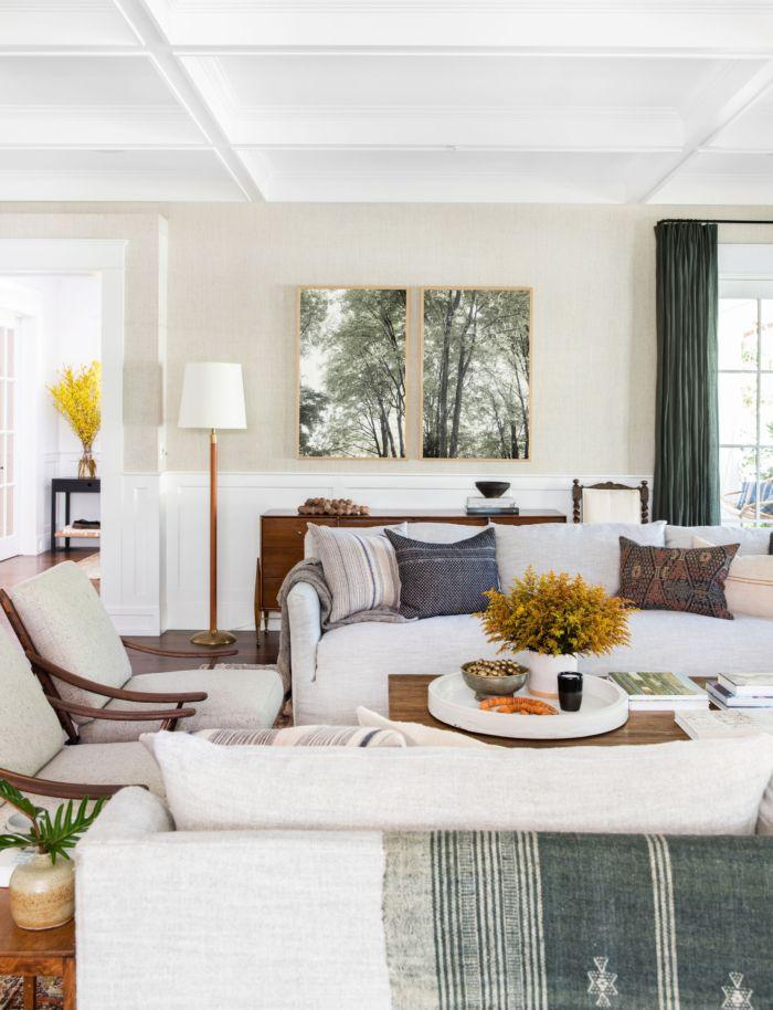 Family Friendly Modern Home Full Of Warmth Lark Linen Living Decor Coastal Living Rooms Family Room Design