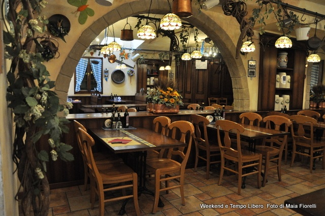 93 best luoghi images on pinterest places traveling and for Ristorante murales milano