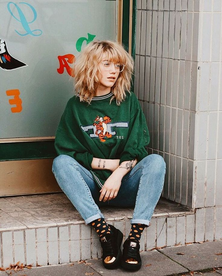 "10.8k Likes, 97 Comments - Nanda Weskott (@nanda_schwarz) on Instagram: "" nerdy + vintage + crazy socks + sneakers = nanda @PUMA #SuedePlatform @FootlockerEU #sponsored"""