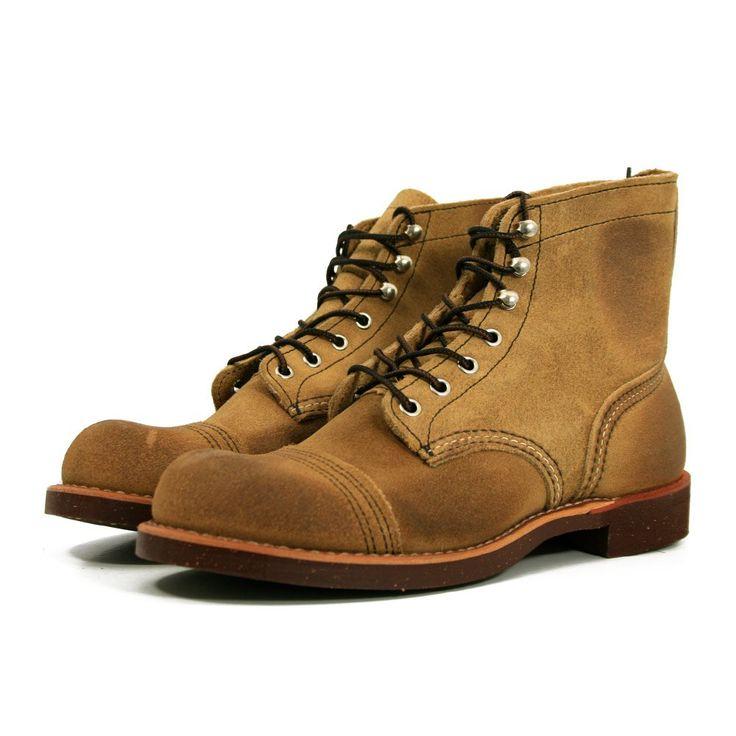 Red Wing  Heritage 8113 Iron Range Boot