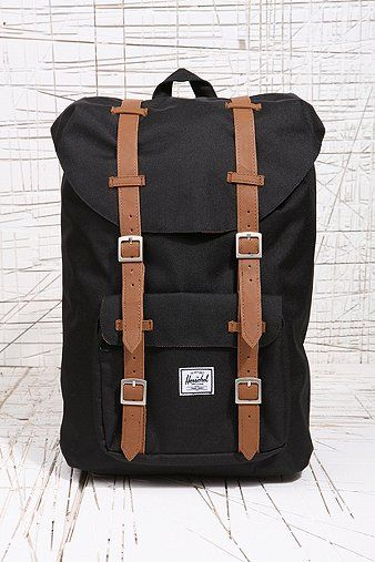 Herschel Little America Backpack in Black - Urban Outfitters