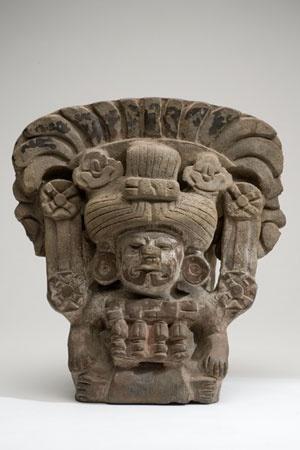 Urna Con la representación de Pitao Cozobi, diosa del maíz Cultura Zapoteca Periodo clásico tardío 600-900 d. C. Arcilla modelada 28 x 26 x 22 cm. Colección CONACULTA-INAH-MEX