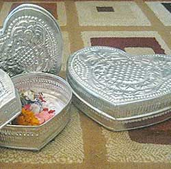 Aluminum Handicrafts - Heart box set of 3