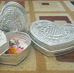 Aluminum Handicrafts - Heart box set of 3
