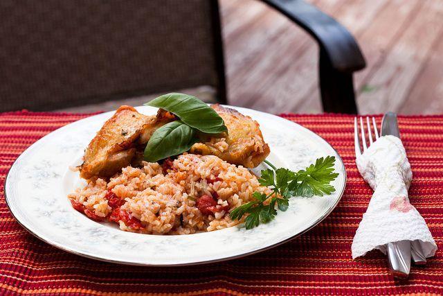 Κοτόπουλο με ρύζι στο φούρνο | InfoKids