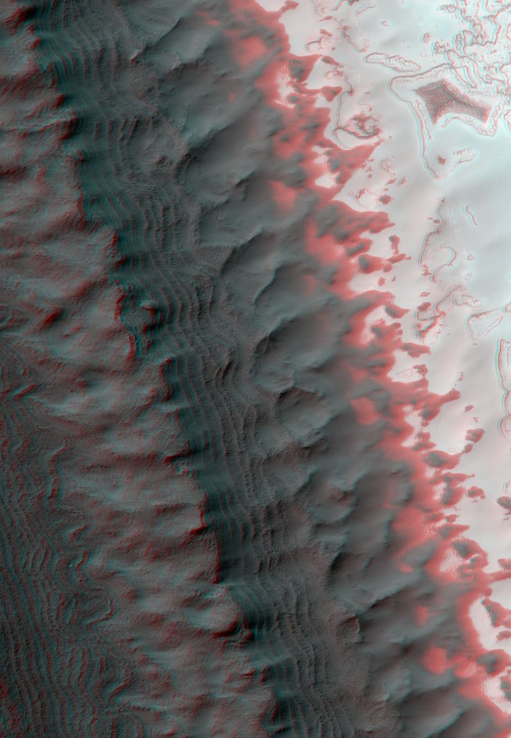 Exposure of Layered Deposits in the Southern Polar Cap of Mars (3D) An anaglyph (viewable in 3D using red-blue glasses) made from a pair of images acquired by the HiRISE instrument aboard the Mars Reconnaissance Orbiter. The area shown is about three kilometers across.NASA/JPL/ University of Arizona