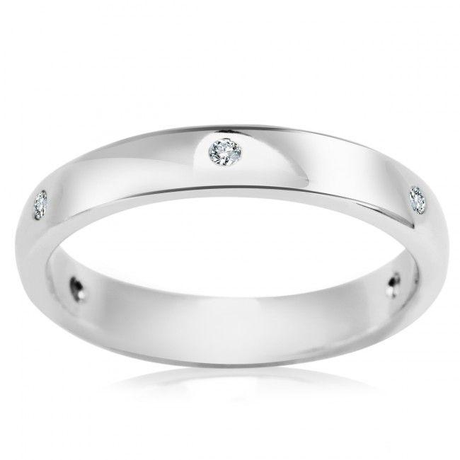 Srebrny Pierścionek z Cyrkoniami, 63,90 PLN, www.Bejewel.me/srebrny-pierscionek-z-onyksem-i-markazytami-2085 #jewellery #silver #bejewelme #bjwlme #shoponline #accesories #pretty #style