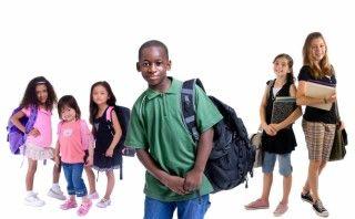 La epilepsia infantil no ocasiona retraso ni afecta a las capacidades intelectuales del pequeño, sin embargo, puede provocar bajo rendimiento escolar o problemas con los profesores que interpretan los episodios de ausencia como mal comportamiento, falta de atención u otra situación. Más información sobre epilepsia infantil aquí: http://epilepsiaenmexico.com/epilepsia-en-ninos/