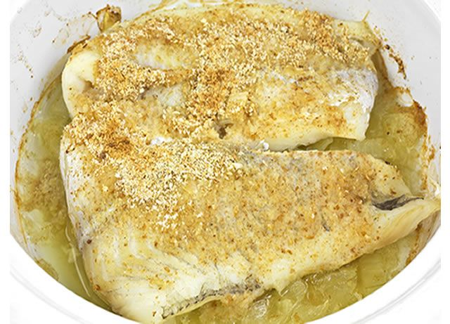A quick and easy recipe for baked fish with mayonnaise dressing using panko bread crumbs.