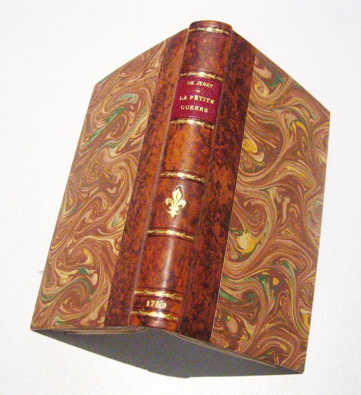 """Jeney, """"Le partisan"""", La Haye, H. Constapel, 1759, in-12. Aspect extérieur du livre."""