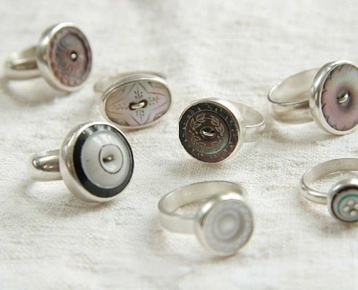 Vintage buttons rings & magnets #Button, #Jewelry, #Magnet, #Ring
