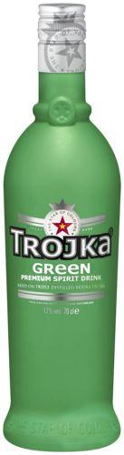 Trojka Green 15,29  Trojka Green is de vodka-likeur uit Zwitserland met de smaak van exotisch fruit. De basis voor deze likeur is drievoudig gedistilleerde Amerikaanse graan vodka en het allerpuurste Alpenwater.   Naast de shot is de drank lekker als longdrink met tonic of sprite. Trojka Green wordt het beste ijskoud geserveerd.
