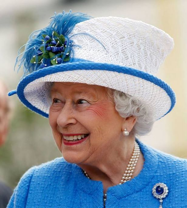 Queen Elizabeth, July 3, 2015 in Angela Kelly