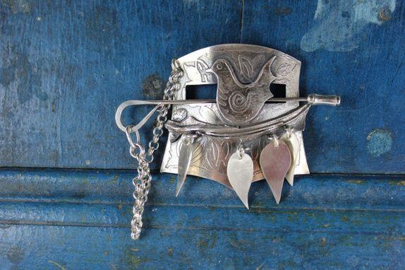 Gensernål-brosje i sølv