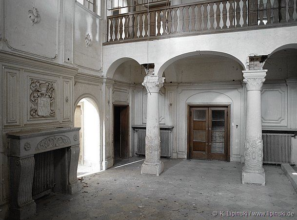 Abandoned Victorian Mansion Abandoned And Historical