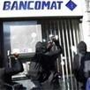 Eerste Italiaanse bank blokkeert vanwege geldgebrek rekeningen van klanten