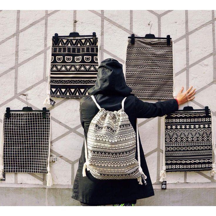 Not everything is black or white. There is grey, too! #szputnyikshop #szputnyik #budapest #geometric #pattern #gymbag #style #backpack #collection #tribal #print #sporty #blackandwhite #vasarely #zigzag #pontpontvesszocske #streetstyle