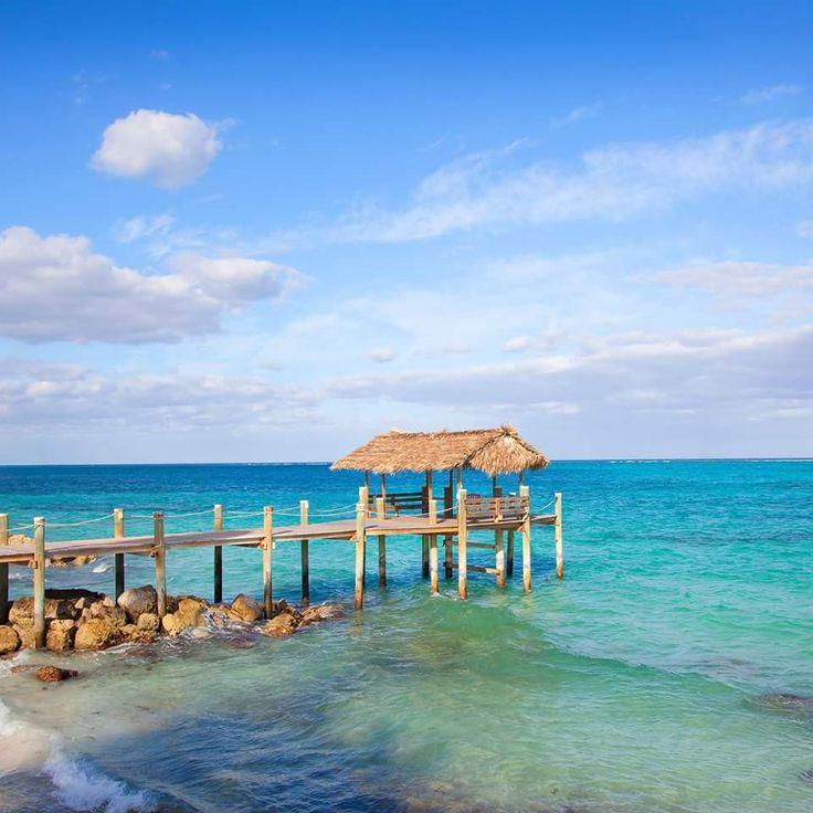 Cable Beach, Bahamas