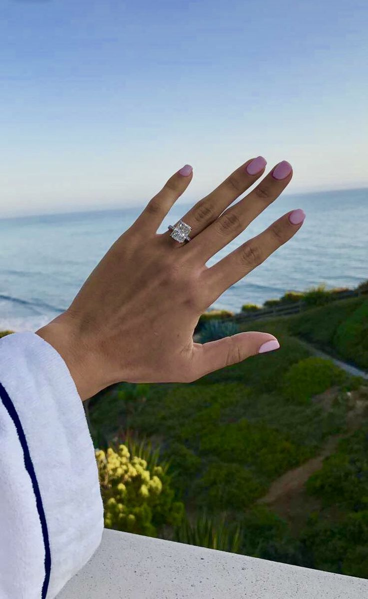 This STUNNING ring designed by Forever Diamonds NY is engagement ring goals. Catherine Paiz is one lucky girl #Engagement #EngagementRing #Ring #Goals #Wedding #Diamonds #WeddingRing #CatherinePaiz #AceFamily #Beach #Nails #RingGoal #DiamondRing