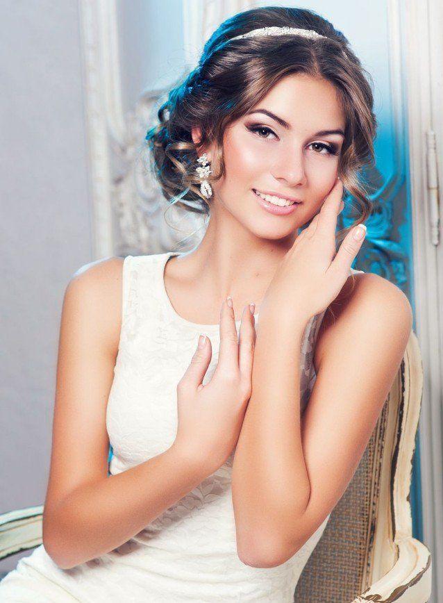 Les 33 meilleures images propos de maquillage mariage sur pinterest maquillage des yeux Maquillage mariee naturel photos