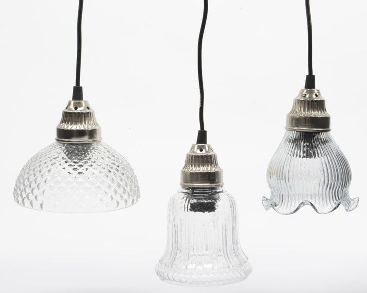 We love the classics ! Hanging glass lamps in three models.