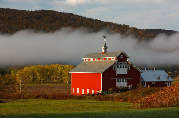 West monitor barn richmond vermont estate weddings and for Small monitor barn