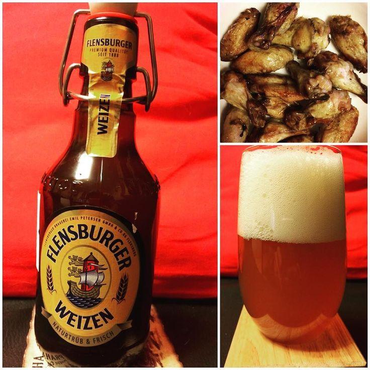 #germanbeer Flensburger Weizen от Flensburger Brauerei ABV 5.1 OG 11.8. Пены достаточно много негустая пшеничная опадает за пару минут. Цвет светлосоломенный мутный. Аромат пшеничный слегка кисловатый. Классическое нефильтрованное пиво с ярко выраженным пшеничным вкусом и слабой кислинкой присутствует привкус ячменя. Высокая карбонизация. Послевкусие непродолжительное мягкое практически не кислит есть небольшая горчинка. 7/10. Легкое почему то напоминает бланш де брюссель хотя цитруса во…