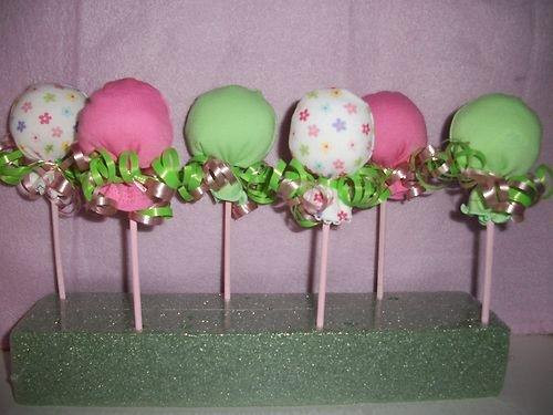For Baby Showers! Cake Pops Made W/baby Mitts .