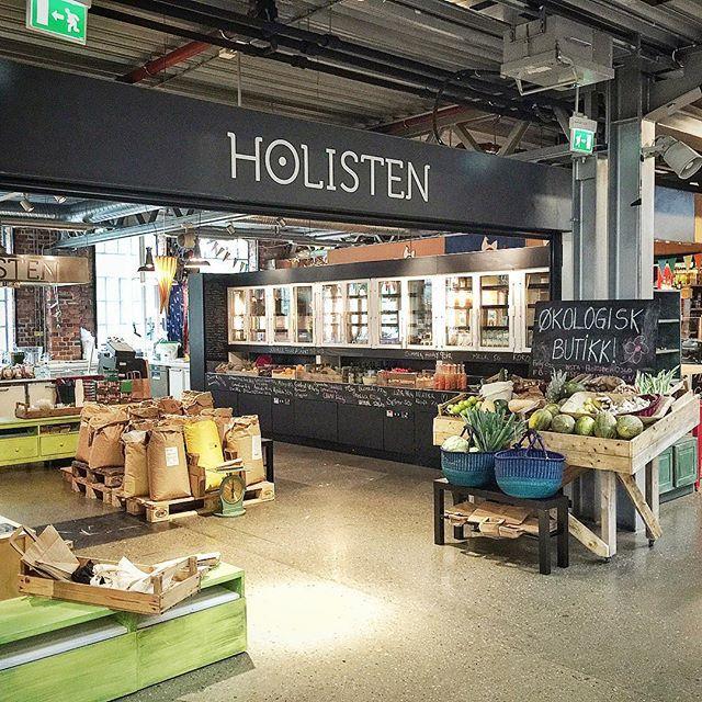 Yay! New ecological shop in Mathallen! #ecological #shop #oslo #smakenavoslo #farmtotable #visitoslo @mathallenoslo #mathallen #holisten by smakenavoslo