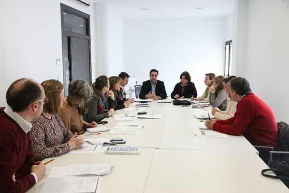 Primera Comisión de Coordinación de Estrategias de la Fundación Ciudades Medias del Centro de Andalucía con vistas al 2016.  #AlcalálaReal #Antequera #Écija #Lucena #PuenteGenil http://www.las4esquinas.com/…/primera-comision-de-estrategi…