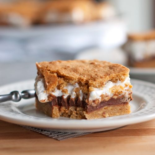 Peanut butter s'mores bars!