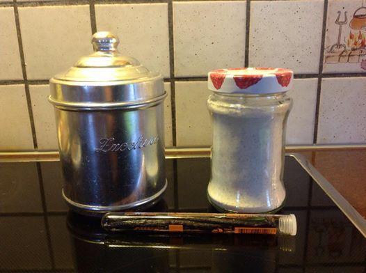 Zucchero vanigliato Bimby, un modo facile e naturale per fare lo zucchero vanigliato in casa evitando gli aromi artificiali. Per prepararlo occorrono: ...