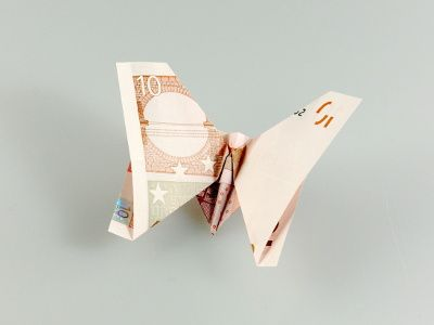 die 25 besten ideen zu origami schmetterling auf. Black Bedroom Furniture Sets. Home Design Ideas