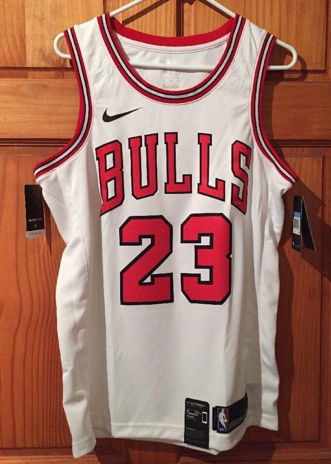 free shipping 751e1 38f6d Michael Jordan Nike Chicago Bulls Swingman Home White Jersey ...