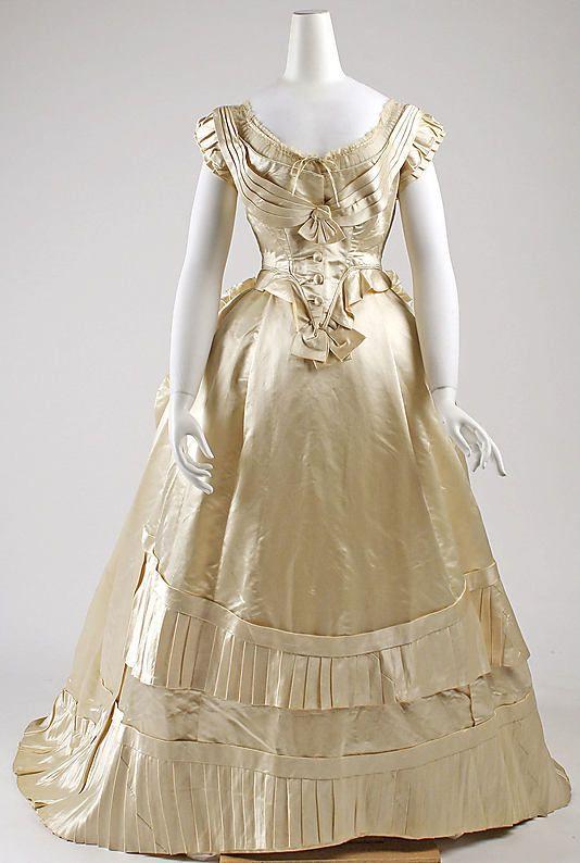 Dress (Ball Gown)  Date: 1876   Culture: French   Medium: silk