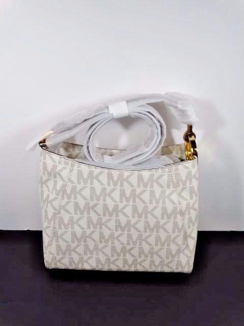 Fulton MK Signature Med Michael Kors mensajero de hombro de asa larga Vainilla Pvc $228 | Ropa, calzado y accesorios, Carteras y bolsos de mujer, Carteras y bolsos de mano | eBay!