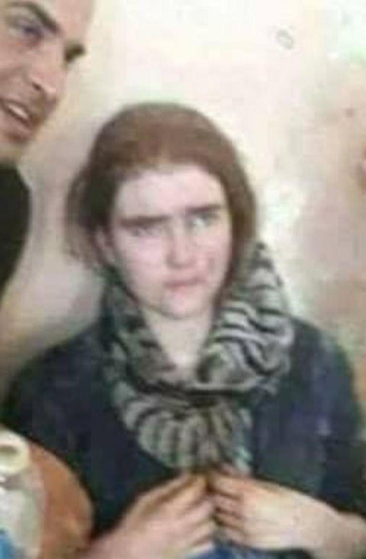 #INTERNATIONAL: ENQUÊTE – Les autorités allemandes cherchent à confirmer qu'une jeune combattante de Daech à Mossoul, récemment apparue dans une vidéo de l'armée irakienne, est bien Linda Wenzel, une adolescente de 16 ans partie rejoindre les rangs de l'Etat islamique en juillet 2016.