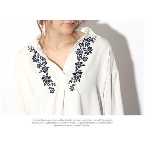 刺繍入りスキッパーロングカフスシャツ レディース トップス シャツ ブラウス シフォン とろみ 刺しゅう 花柄 フラワー スリット ボタニカル シンプル ゆったり テールカット ロングスリーブ チュニ