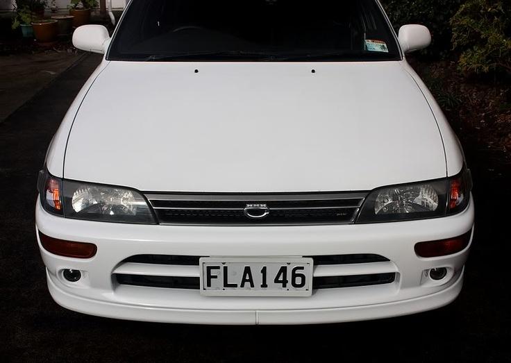 Toyota Corolla SE Close Up