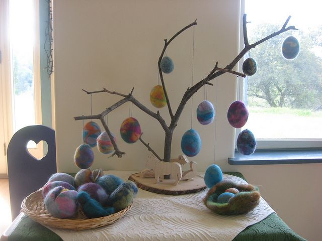 Easter nature table. I love the soft colors and the simple design.